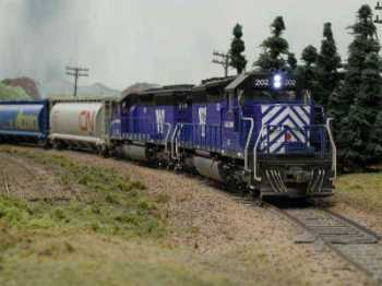 Montana Rail Link SD 40s with LEDs